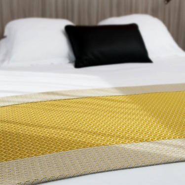 chemins de lits plaids notre gamme d coration. Black Bedroom Furniture Sets. Home Design Ideas